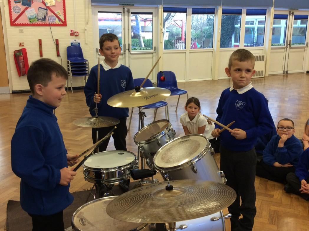 Drumming (3)